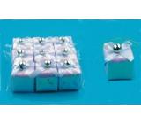 Darčeky bielej perleťovej 3,5 x 3,5 cm, 9 kusov v sáčku