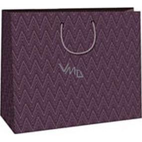 Ditipo Darčeková papierová taška 38 x 10 x 29,2 cm fialová geometrický vzor