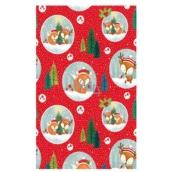 Ditipo Vianočný baliaci papier pre deti červený líšky v kruhu 100 x 70 cm 2 kusy