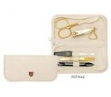 Kellermann 3 Swords Luxusné manikúra 5 dielna Fashion Materials v aktuálnom módnom materíálu krémová 7407 FN