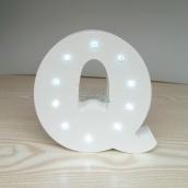 Nekupto Dřevěné LED písmeno Q dekorace 16 cm