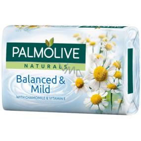 Palmolive Naturals Chamomille tuhé toaletné mydlo 90 g