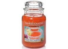 Yankee Candle Passion Fruit Martini - Tropický koktail s Martini vonná sviečka Classic veľká sklo 623 g
