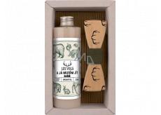 Bohemia Gifts Myslivec Olivový olej sprchový gél 250 ml + drevený motýlik, pre mužov kozmetická sada
