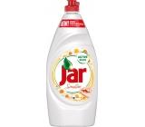 Jar Sensitive Chamomile & vitamín E Prostriedok na ručné umývanie riadu 900 ml