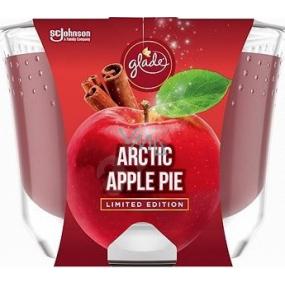 Glade Maxi Arctic Apple Pie s vôňou jablka, škorice a muškátového orieška vonná sviečka v skle, doba horenia až 52 hodín 224 g