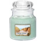 Yankee Candle Coastal Living - Život na pobřeží vonná svíčka Classic střední sklo 411 g