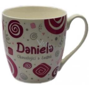 Nekupto Twister hrnek se jménem Daniela růžový 0,4 litru