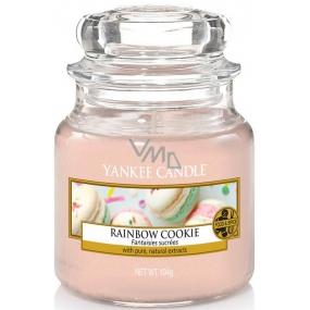 Yankee Candle Rainbow Cookie - Duhové makronky vonná svíčka Classic malá sklo 104 g