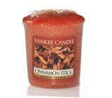 Yankee Candle Cinnamon Stick - Škoricová tyčinka vonná sviečka votívny 49 g