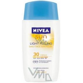 Nivea Sun Light Feeling SPF30 ľahký pleťový krém na opaľovanie 50 ml