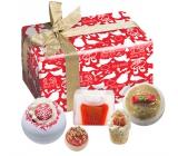 Bomb Cosmetic Vianočná koleda šumivý balistik do kúpeľa 2 ks x 160 g + maslový špalíček 1 ks + maslová gulička 1 ks + glycerínové mydlo 1 KSX 100 g, kozmetická sada