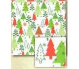 Nekupto Baliaci papier vianočný Biely-červený, zelený vianočný strom 0,7 x 2 m
