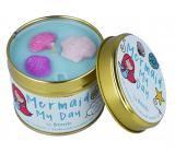 Bomb Cosmetics Potešenie morské panny - Mermaid My Day Vonná prírodné, ručne vyrobená sviečka v plechovej dóze horí až 35 hodín