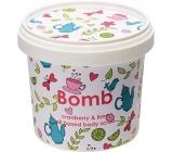 Bomb Cosmetics Brusinka a limetka - Cranberry and Lime Přírodní sprchový tělový peeling 365 ml