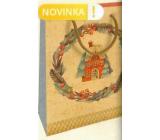 Nekupto Darčeková Kraftová taška 25 x 8 x 19 cm Vianočný domček s vencom 598 WKHM