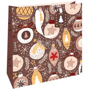 Nekupto Darčeková papierová taška luxusné 33 x 33 cm Vianočný hnedá s ozdobami WLIL 1979