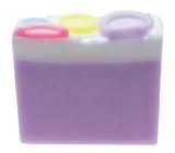 Bomb Cosmetics Knoflíková holka -Button Babe Přírodní glycerinové mýdlo 100 g