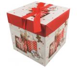 Darčeková krabička skladacia s mašľou Vianočné s darčekmi a perníčky 21,5 x 21,5 x 21,5 cm