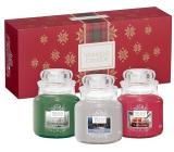 Yankee Candle Candlelit Cabin - Chata ožiarená sviečkou + Evergreen Mist - Lesné hmla + Pomegranate Gin Fizz - Gin Fizz z granátového jablka vonná sviečka Classic malá sklo 3 x 104 g, vianočné darčeková sada