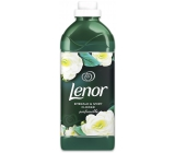 Lenor Parfumelle Emerald & Ivory Flower aviváž 25 dávok 750 ml