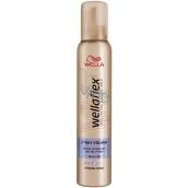 Wella Wellaflex 2-Days-Volume silné spevnenie penové tužidlo 200 ml