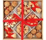 Slaměné dekorace v dřevěné krabičce s červený dekor 32 ks