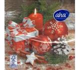 Aha Vianočné papierové obrúsky 3 vrstvové 33 x 33 cm 20 kusov Červené ozdoby, darček a sviečka