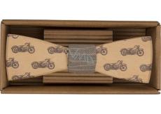 Bohemia Gifts & Cosmetics Drevený motýlik Motorkár 12,5 cm