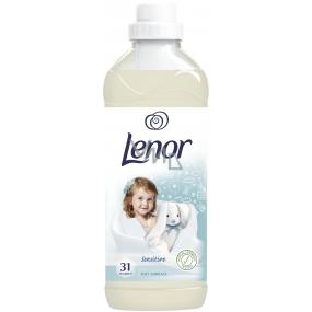 Lenor Sensitive Soft Embrace aviváž 31 dávok 930 ml