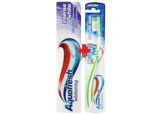Aquafresh Whitening Intense White zubní pasta 100 ml + Aquafresh Everyday Clean střední zubní kartáček 1 kus